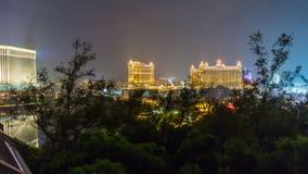 China del lapso de tiempo del panorama 4k del scape del punto de opinión del hotel del taipa de Macao de la noche metrajes