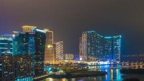 China del lapso de tiempo del panorama 4k del tejado de los hoteles de la bahía de la luz de la noche de Macao almacen de video