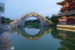 China-Flussbrücke Stockfotografie