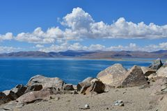 China Great Lakes von Tibet See Teri Tashi Namtso am sonnigen Sommertag stockbilder