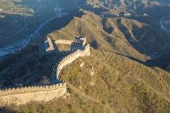 China, Pekin, de muur van China, zonsondergang, geschiedenis 2016 Royalty-vrije Stock Foto's