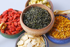 China's cup of tea drinks - wolfberry, ginseng, chrysanthemum, tea Royalty Free Stock Images