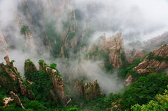 Chinas huangshan mountain scenery. Chinas huangshan mountain sea of clouds Royalty Free Stock Photos