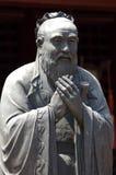 China, Shangai: Templo de Confucius; escultura Fotografía de archivo libre de regalías