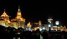 China, Shanghai; opinião da noite da barreira foto de stock royalty free