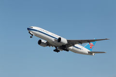 China Southern Airlines Boeing 777 Royaltyfri Bild