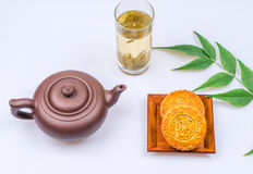 China traditional moon cake and tea Royalty Free Stock Photos