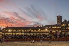 Chinchon的广场方形的市长适应了作为斗牛场,西班牙 库存照片