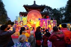 2016 Chinees de markt en de lantaarnfestival van de Nieuwjaartempel in Chengdu Stock Afbeelding