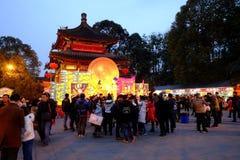 2016 Chinees de markt en de lantaarnfestival van de Nieuwjaartempel in Chengdu Royalty-vrije Stock Foto's