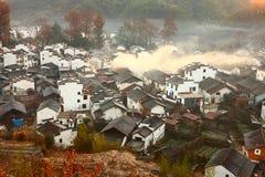 Chinees dorp in zonsopgang Royalty-vrije Stock Afbeeldingen