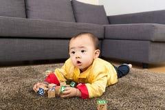 Chinees het stuk speelgoed van het babyspel blok royalty-vrije stock afbeeldingen