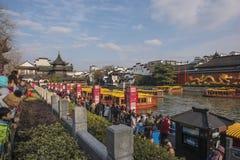 Chinees maannieuwjaar die de tempel van Confucius van toeristen nanjing royalty-vrije stock afbeelding
