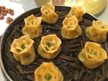 Chinees voedsel in Chinese kruidige restaurants -, zoet, zuur royalty-vrije stock afbeelding