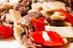 Chinees voedsel--Paddestoel en rundvlees Royalty-vrije Stock Afbeelding