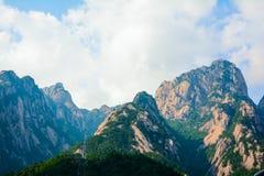 Chinees zet Huangshan (Bergketen) op Royalty-vrije Stock Afbeeldingen