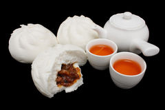 Chinese Barbecued Pork Bun With Teapot And Teacups Stock Photography