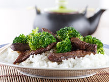 Chinese beef and broccoli on rice Royalty Free Stock Photo