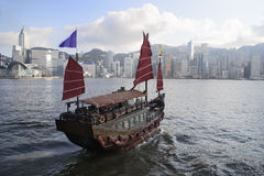 Chinese Boat on Victoria Harbour Stock Images