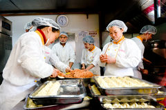 Chinese chefs prepare Dim sum dumpling Stock Photos