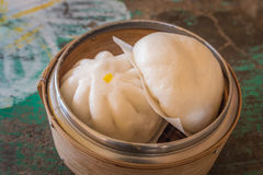 Chinese Dim sum in bamboo basket Stock Photography