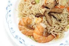 Chinese food,  noodles with shrimp Royalty Free Stock Photo