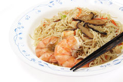 Chinese food,  noodles with shrimp Royalty Free Stock Images
