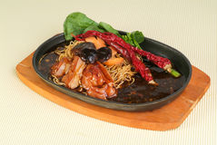 Chinese food, sizzling crispy noodle Royalty Free Stock Photos