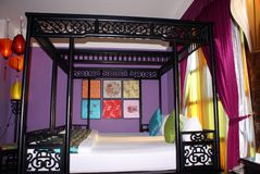 Chinese four poster bed & lanterns Royalty Free Stock Photo