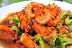 Chinese fried broccoli with prawn Royalty Free Stock Images
