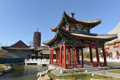 Chinese garden with pavilion and stupa Royalty Free Stock Photos