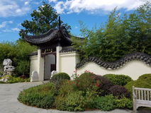 Chinese garden with traditional walls and gate Royalty Free Stock Photos