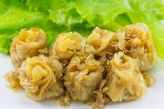 Chinese gedämpfter Mehlkloß (kanom jeeb, thailändisches Lebensmittel) Stockfotografie