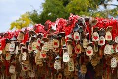 Chinese Gelukkige charme in de historische stad van Lijiang, Yunnan, China royalty-vrije stock fotografie