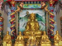 Chinese goden met draken gouden gipspleister Stock Afbeelding