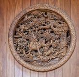 Chinese houten gravure met draak Royalty-vrije Stock Afbeelding