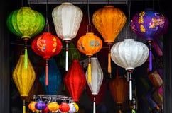 Chinese lantaarn in winkel in Vietnam stock afbeelding