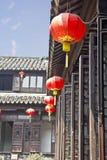Chinese lantaarns in een huis stock afbeeldingen