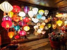 Chinese lantaarns in hoi-, Vietnam stock foto's