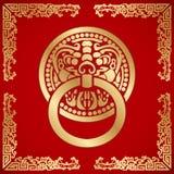 Chinese leeuw hoofdkloppers rond met draakpatroon Stock Afbeeldingen