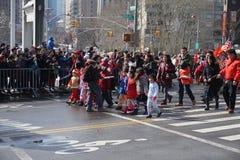 Chinese Maan het Nieuwjaarparade 10 van 2015 Stock Foto's