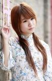 Chinese meisjes volgende deur Stock Foto's