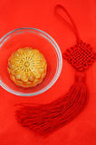 Chinese moon cake and Chinese knot Royalty Free Stock Image