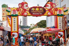 Chinese New Year Shopping in Singapore Chinatown Royalty Free Stock Photos