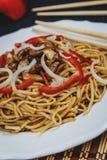 Chinese noedel met vlees Stock Foto