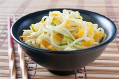 Chinese noodles sauteed with vegetables Royalty Free Stock Image