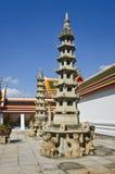 Chinese Pagode bij het doen leunen van de tempel van Boedha (Wat Pho) Stock Fotografie