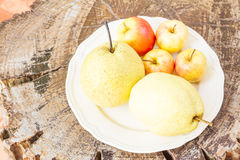 Chinese pear and apple. Royalty Free Stock Photography