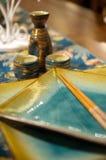 Chinese pot en eetstokjes Royalty-vrije Stock Foto's