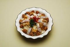 Chinese richtet Chinakohl-und Fleisch-Kugel-Suppe an Lizenzfreies Stockbild